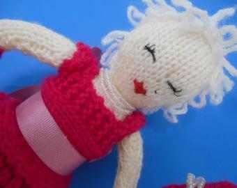 MARILYN MONROE Norma Jean Gentlemen Prefer Blondes Handmade Knitted Art Doll Blonde Icon Shelf Sitter OOAK