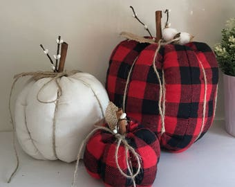 Pumpkin. 3 Fabric pumpkins. Fabric Pumpkins. Halloween pumpkins. Halloween decor. Fall Pumpkins. Stuffed pumpkins. Fall decor pumpkins