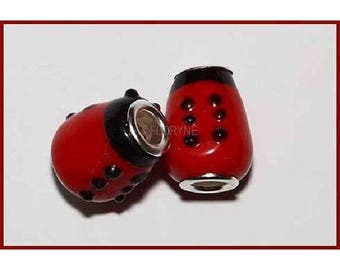 2 black and Red Lampwork beads