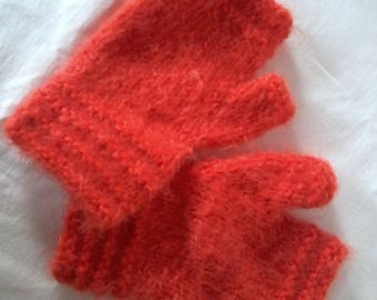 accessory, fingerless mittens with thumb in fluffy wool