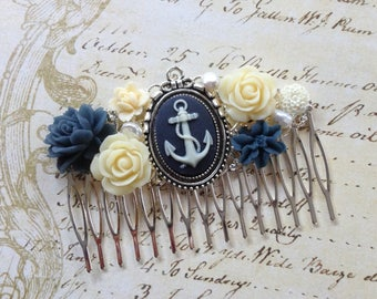 Anchors Away Silvertone Hair Comb