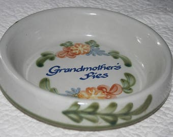 Heavy Stoneware Baking Dish by Louisville Stoneware, Kentucky , Grandmother's Pies