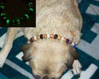 Glow In The Dark Beaded Dog ~ Cat Collier (Blue, White & Tan Necklace)
