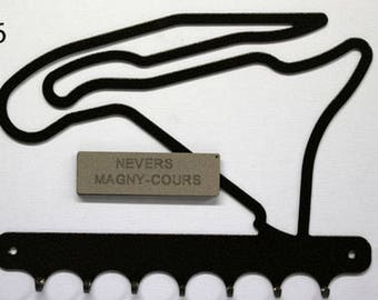 Hangs 26 cm pattern metal keys: Magny cours circuit