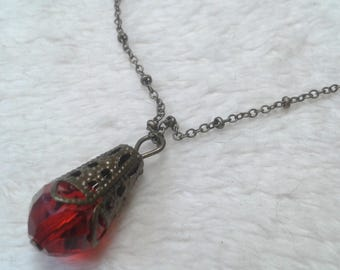 Necklace drop beaded red