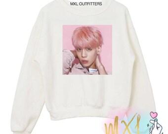 Pink Jonghyun // Crewneck Sweatshirt