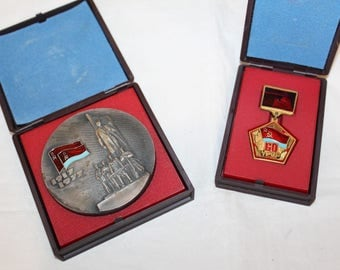 Set Table medal + medal on suspension 60 years of Soviet Ukraine URSR Lenin