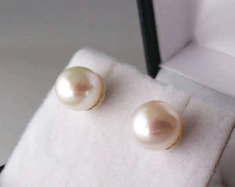 925 silver earrings with white river pearls 7  1/2 mm