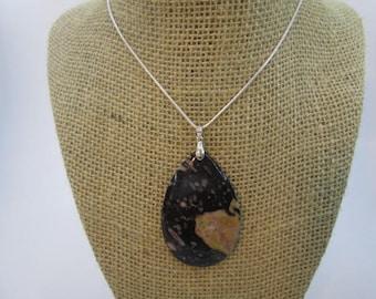 1 Beautiful Pear Shaped Plum Blossom Jasper Stone Pendant #42