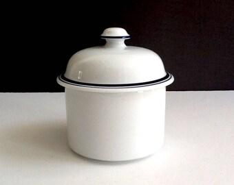 Dansk Christianshavn Blue Sugar Bowl, Made in Portugal, Dansk Bistro White Lidded Sugar Bowl with Blue Trim