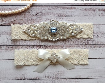 ON SALE Wedding Garter, NO Slip Lace Wedding Garter Set, bridal garter set, pearl and rhinestone garter set, vintage rhinestones Style A1095
