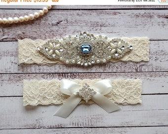 ON SALE Wedding Garter, NO Slip Lace Wedding Garter Set, bridal garter set, pearl and rhinestone garter set, vintage rhinestones Style A1095