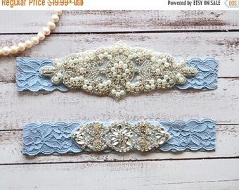ON SALE Wedding Garter, NO Slip Lace Wedding Garter Set, bridal garter set, pearl and rhinestone garter set, vintage rhinestones Style A2028