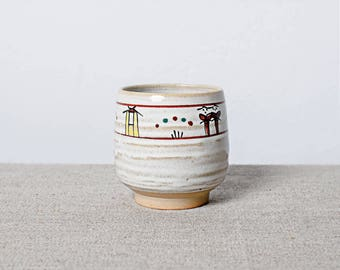 Kiln fired hand painted Japanese ceramic pottery cup yunomi