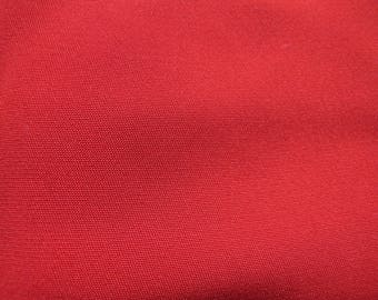 RED SILK GEORGETTE COUPON DARK 30/46 CMS