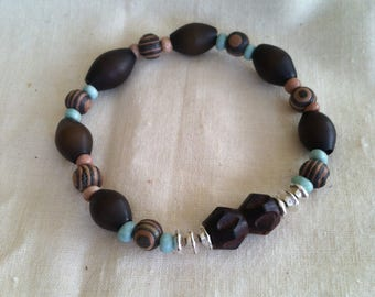 Funky brown and silver bead bracelet