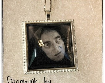 Igor Pendant Necklace