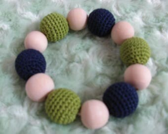 Rattle toy with wood beads and crochet for baby