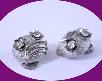 Vintage Earrings  Rhinestone Earrings Screw Back Earrings  Vintage Jewelry Vintage Earrings
