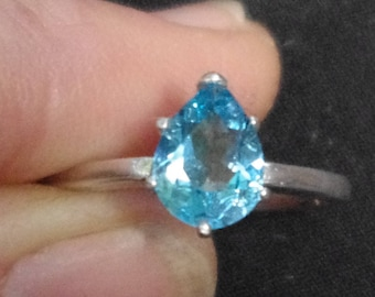Natural Swiss Blue Topaz in Sterling Silver Ring