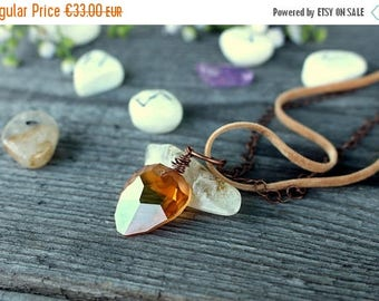 Sparkiling rock swarovski crystal necklace - wire wrapped necklace - copper wire - fairy witchy jewels by triskell design