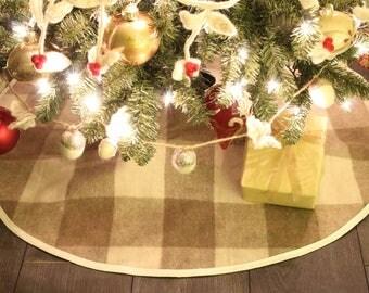 Jacob Tartan Pattern Wool Christmas Tree Skirt
