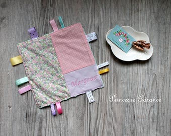 Doudou labels, Montessori, cotton, Liberty of London, Betsy Ann pink