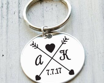 Love Arrows Personalized Key Chain - Engraved