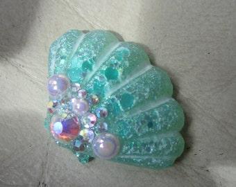 Large, Green Seashell, Needleminder, Needlekeeper, Needle magnet, Magnet Minder