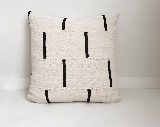 African Mudcloth Pillow Cover, Ethnic, Handwoven, Black and Cream