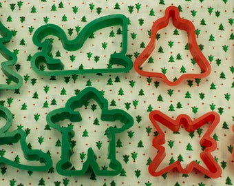 Vintage 8 Pc. Red And Green Plastic Traditional Christmas Cookie Cutter Set