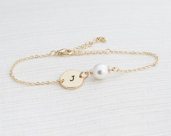 Gold and Pearl initial bracelet, Pearl bracelet, Initial bracelet, bridesmaid gift