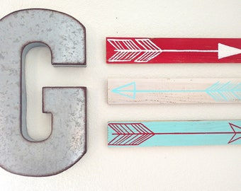 Set of 3 Rustic Decorative Arrow Signs