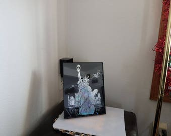 Etched Silver Foil 8 x 10 Picture of the Statute of Liberty (#1042)
