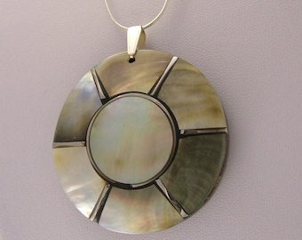 Sterling silver and Mother of pearl disc chained pendant