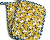 Quilted Potholder Set; Chicken Potholders; Yellow and Blue Pot Holders; Kitchen Linens; Two Piece Pot Holder Set; Vintage-Inspired Chicken