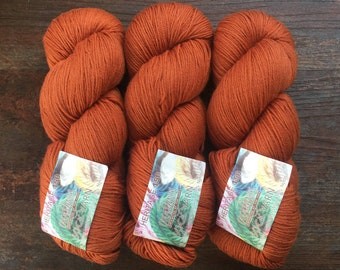 Cascade HERITAGE 150 Sock #5640 Cinnamon 12.99 +1.75ea to Ship Soft Stretch Sport Weight Merino Wool 5640 Burnt Orange 492yd 150g MSRP 17.00