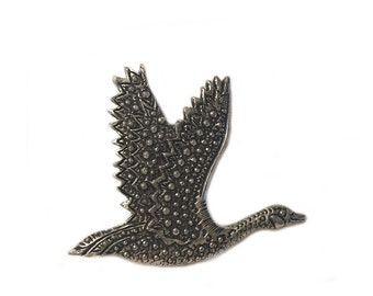 Vintage Seagull Canada Goose Pewter Brooch