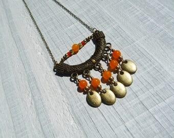 collier bohème orange et bronze, collier ethnique, collier boho chic, pierres fines agates du Brésil orange, fait main,collier chaîne bronze