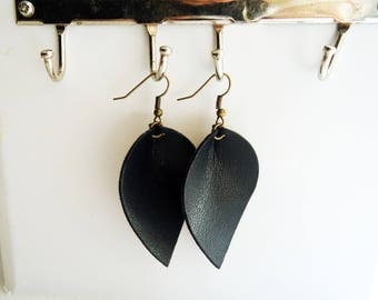 Black leather teardrop leaf shaped earrings / lightweight earrings / boho / 3rd anniversary gift / joanna gaines inspired