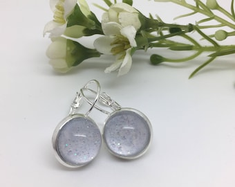 Lilac Sparkle - pretty glass earrings for pierced ears.