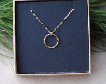 """READY TO SHIP // Gold Filled Circle Necklace // 18"""" // Dainty Gold Necklace"""