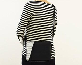 BeesBag S//Black//backpack//purse//Adjustable multipocket bag//vegan backpack//compact//gift//Cruelty Free