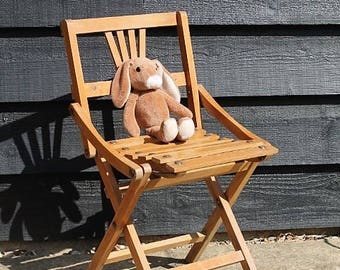 Vintage Chil's Chair/Wooden Chair/1930's Folding Child's Chair/ Children's Furniture (Ref1971A)