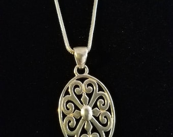 """CP007: Solid Sterling Silver 21.4."""" Snake Chain Necklace with Solid Silver Oval Filigree Cutout Pendant"""