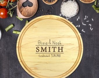 Personalized Cutting Board Round, Cutting Board Personalized, Wedding Gift, Housewarming Gift, Anniversary Gift, Christmas Gift, B-0039