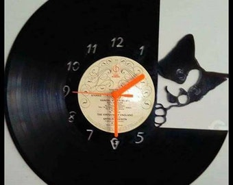 Cat Peeping Vinyl Record Clock