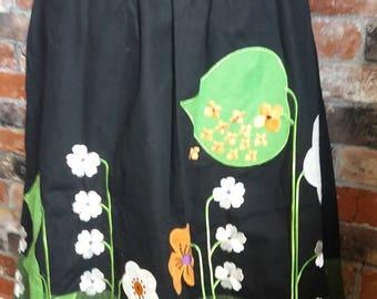 1970s Garden themed skirt Size 6 US / 10 UK