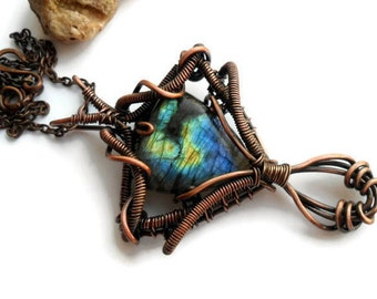 Labradorite wire wrap Wire wrapped pendant Healing crystal necklace Copper wire necklace Labradorite pendant necklace Gemstone pendant OOAK