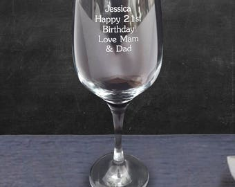 Custom Engraved Wine Glass. Personalised with your Message.
